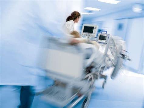 Critical Care: A New Nurse Faces Death, Life and ...