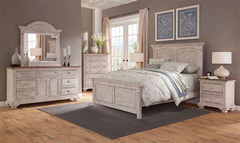 Cottage Bedroom Set by Cottage Traditions Panel Bedroom Set Crackled White