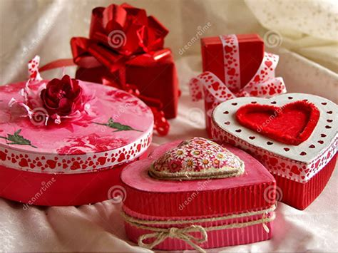 valentines day gifts   girlfriend sample