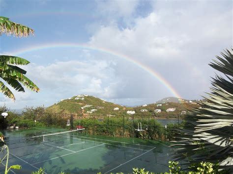 gorgeous oceanfront tennis courts