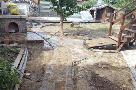 Wasserstelle Im Garten by Wege Und Wasserstelle Garten Wasser Stein