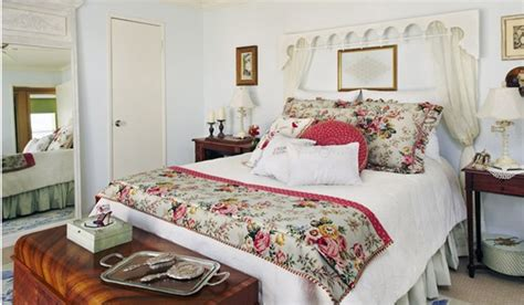 country bedroom decor 15 country cottage bedroom decorating ideas home design 15275