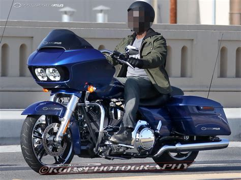 Modification Harley Davidson Road Glide by 2015 Harley Davidson Road Glide Photos Motorcycle Usa