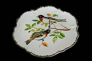 Bird wall plate decorative collectible
