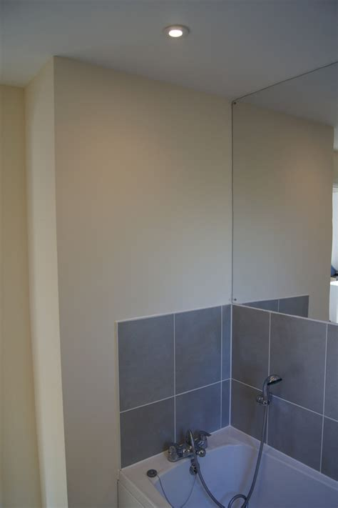 How To Remove Mirror Tiles