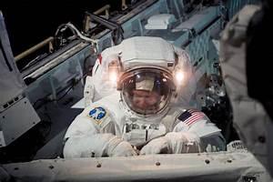 Piers Sellers British space astronaut has died NASA ...