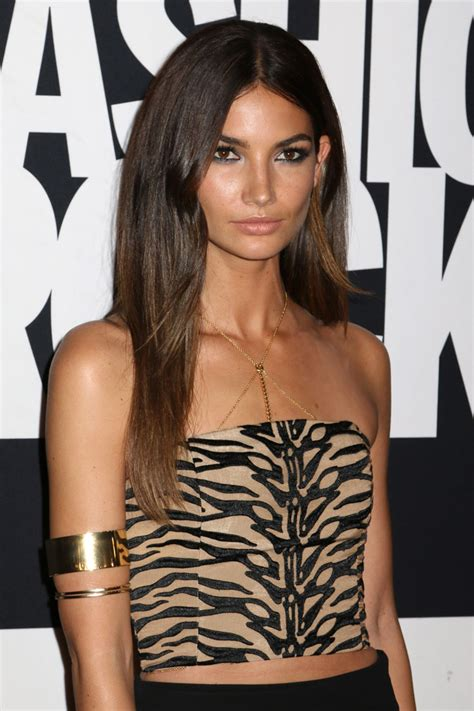 Brunettes With Brown by Models With Brown Hair