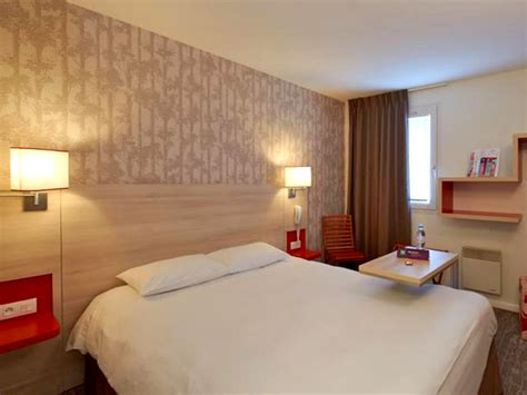 description chambre hotel hôtel ibis styles 3 étoiles à ouistreham dans le calvados