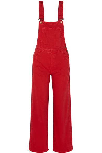 Julia fiona roberts never dreamed she would become the most popular actress in america. Julia Roberts is ravishing in red overalls as she poses ...