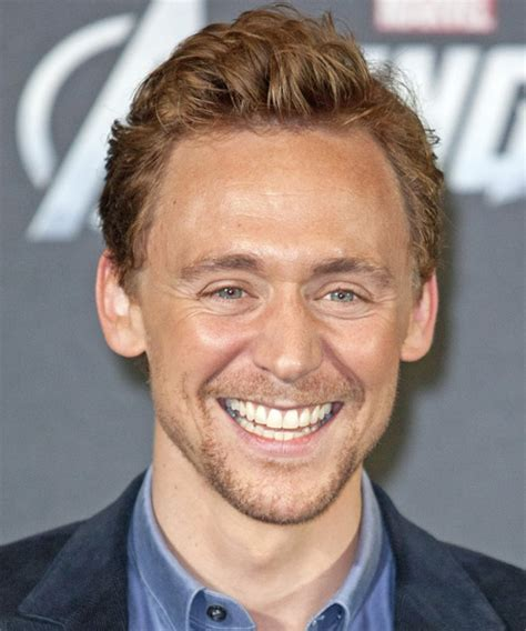 Tom Hiddleston Short Straight Casual Hairstyle   Dark