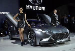 Auto Expo : hyundai at auto expo 2018 electric sedan concept new hatchback i20 facelift and more ~ Gottalentnigeria.com Avis de Voitures