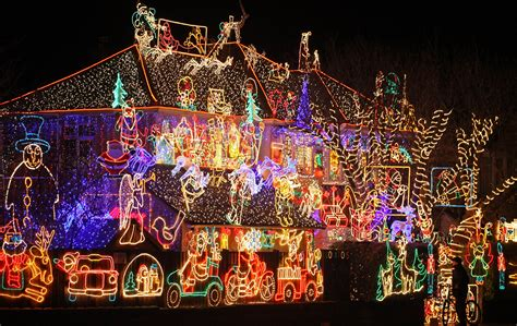 best christmas lights for the top of your house the best places in wny to view lights own ny real estate