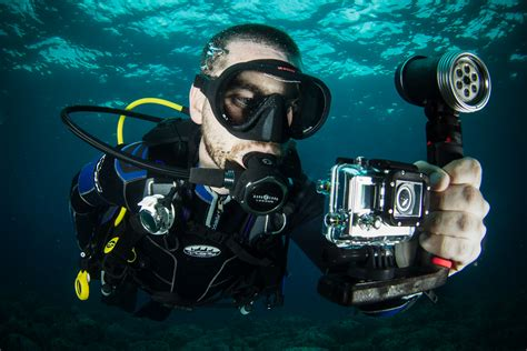 review gopro hero  scuba diver life
