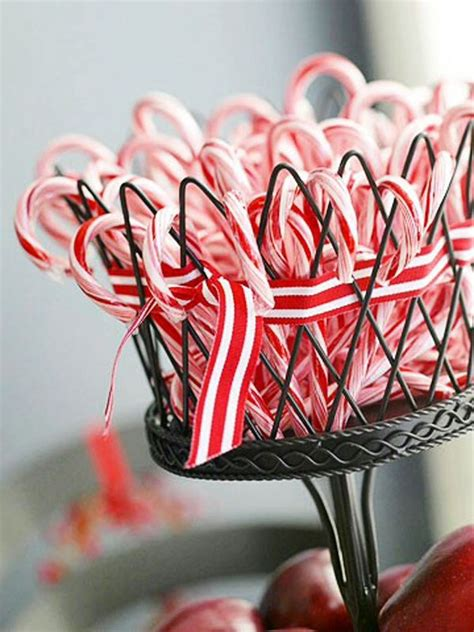 decorating with canes for christmas candy cane centerpiece a festive christmas pinterest