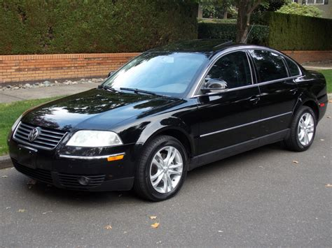 2005 Volkswagen Passat   Information and photos   MOMENTcar