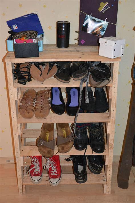 rangement pour chaussures fait maison g 233 nial fabriquer un meuble chaussure avec des palettes