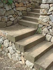 Les 25 meilleures idees de la categorie escalier de jardin for Amenager jardin en pente 8 comment fabriquer un poulailler en bois pour le jardin