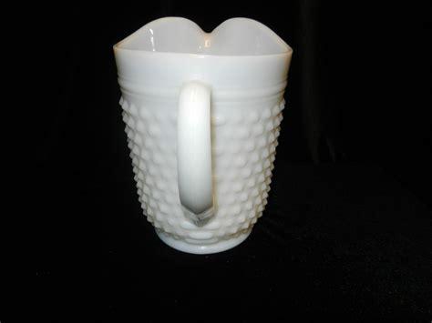 milk glass ls vintage anchor hocking milk glass 65 oz hobnail pitcher