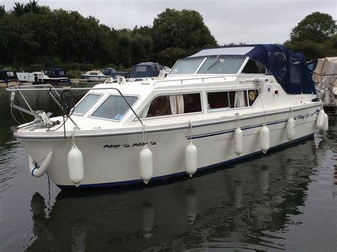 Viking Boats For Sale by Viking 26 Wide Beam Boat For Sale Quot Paw Paw Quot At Jones Boatyard