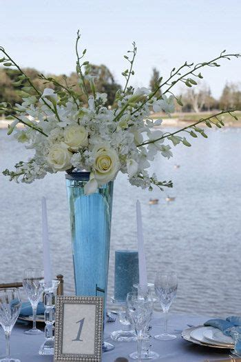 Thin Vase Centerpiece Ideas by Blue And White Centerpiece Simple To Diy