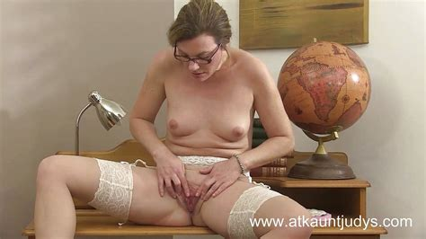 Sofia Matthews Is A Hot Milf Teacher Masturbating Porntube