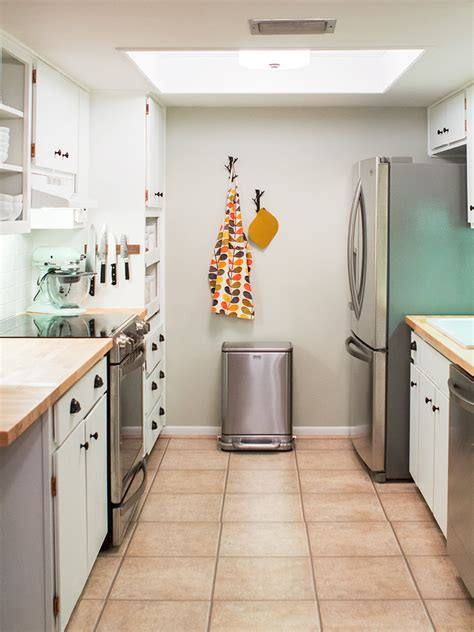 galley kitchen remodel before and after diy small galley kitchen remodel hearts Small