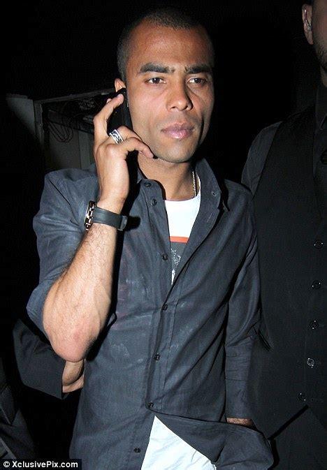 cheryl cole s ex husband ashley wearing wedding ring again