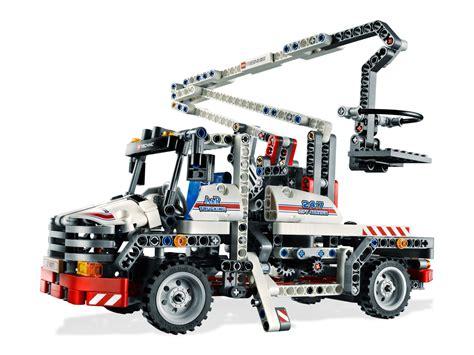 technic truck bucket truck 8071 technic brick browse shop