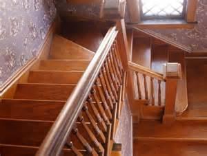 Comment Renover Un Escalier En Bois Ancien by R 233 Nover Son Escalier Mr Bricolage On Peut Compter Sur Lui