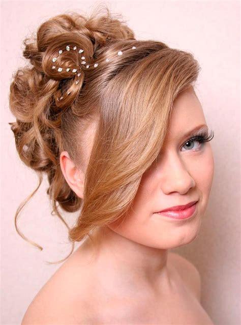 Стрижки на средние волосы 2019 женские фото стрижек на волосы