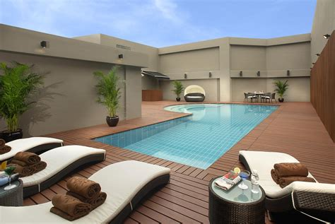 swimming pool to house 10 things you should know about owning a swimming pool