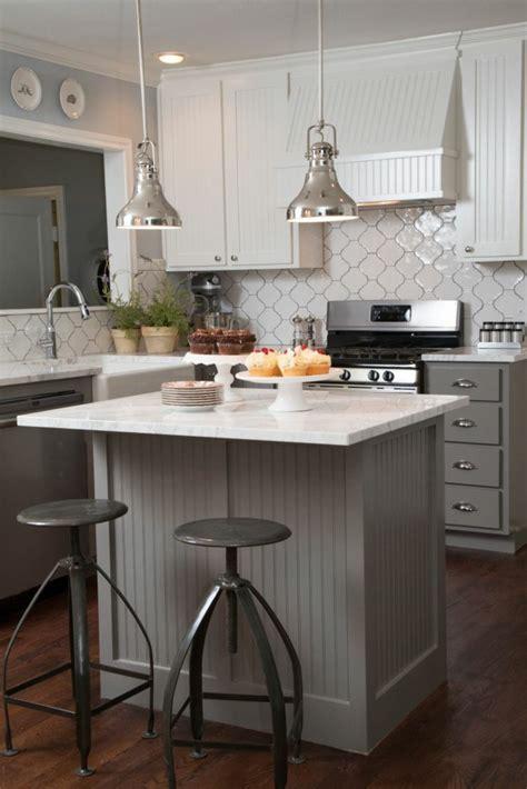 cuisine contemporaine grise cuisine chaleureuse contemporaine maison design bahbe com