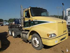 2000 International 9100 T  A Truck Tractor