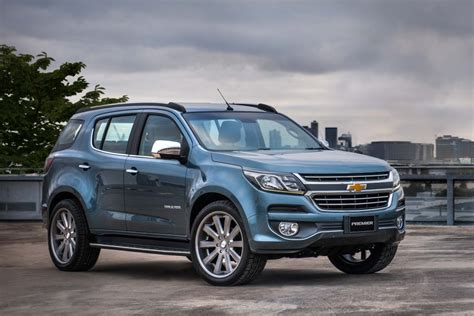 chevrolet trailblazer 2016 2016 chevrolet trailblazer facelift previewed by premier