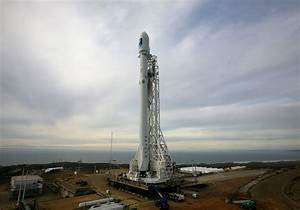 SpaceX delays launch due to weather – GeekWire
