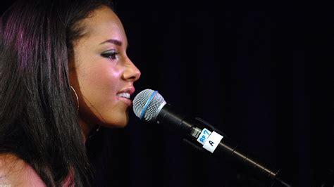 31+ Alicia Keys Wallpapers Hd Download