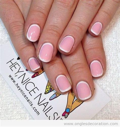 dessin sur ongles simple en et blanc d 233 coration d ongles tout sur le nail la