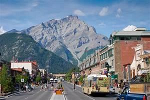 Banff, Alberta - FaveThing com