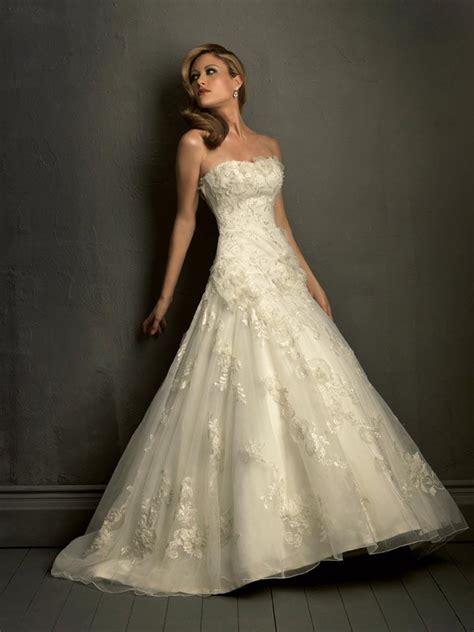 simple lace wedding dress simple strapless lace wedding dress loro ipunya