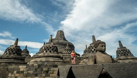 wisata virtual indonesia alternatif liburan   psbb