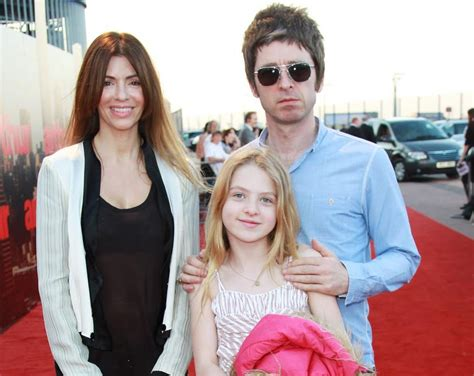 A collection of facts with age, height, net worth, oasis. Oasis Notizie - Il blog in italiano sugli Oasis e sui ...