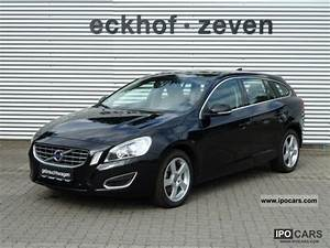 Volvo V60 Summum : 2010 volvo v60 d3 dpf summum xenium package euro5 car photo and specs ~ Gottalentnigeria.com Avis de Voitures