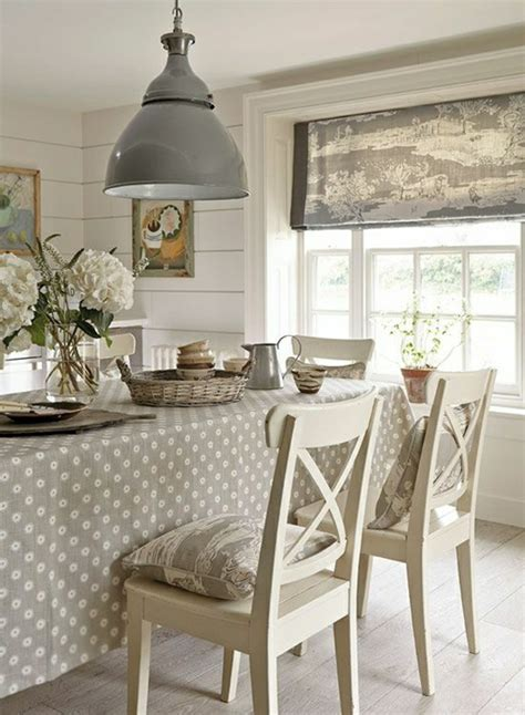 nappe de cuisine 101 idées pour la nappe de table un accessoire indispensable