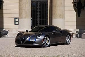 Alfa Romeo 4c Prix : essai alfa romeo 4c motorlegend ~ Gottalentnigeria.com Avis de Voitures