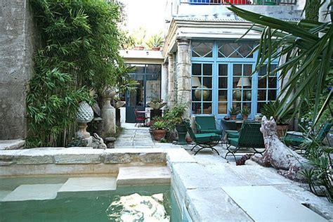 la maison bleue maison d h 244 tes de charme arles