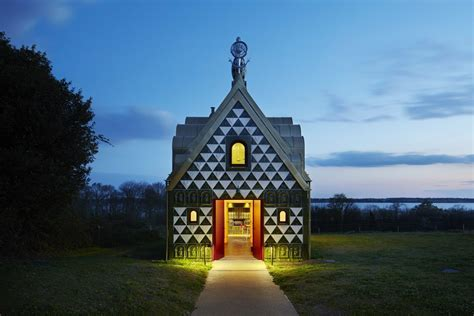 "Eccentric House From Grayson Perry: ""A House for Essex"""