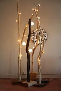 Lampe Haute Sur Pied : l clairage original dans votre chalet en bois actualit sur les chalets en bois ~ Teatrodelosmanantiales.com Idées de Décoration