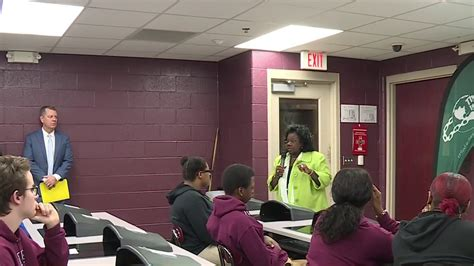 Local Event Teaches Teens Human Trafficking Warning Signs