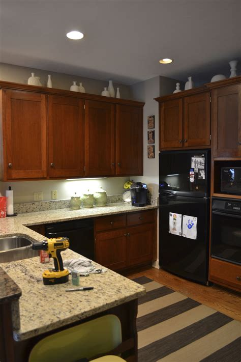 update kitchen cabinets with paint painting kitchen cabinets with chalk paint update 8758