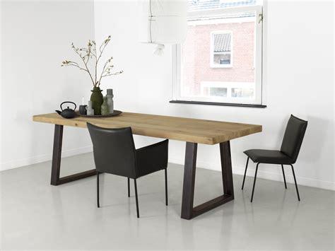 kringen op houten tafel free eettafel levi eikenhout robuust with kringen uit